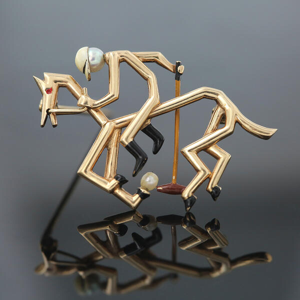Polo Brooch in Gold