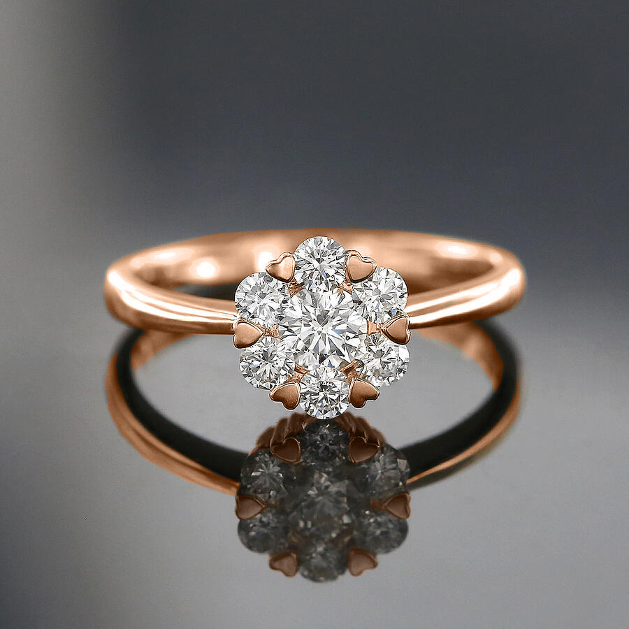 Bloom Diamond ring with Heart Shape Accents