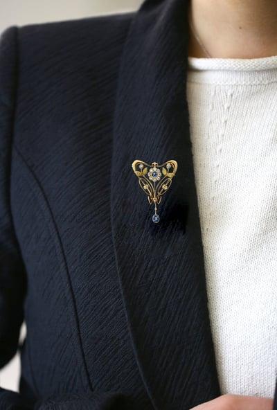The Art Nouveau Sapphire & Diamond PendantBrooch
